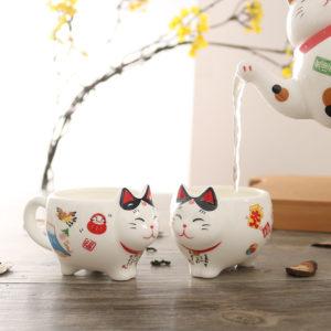 Cute Japanese Lucky Cat Porcelain Tea Set